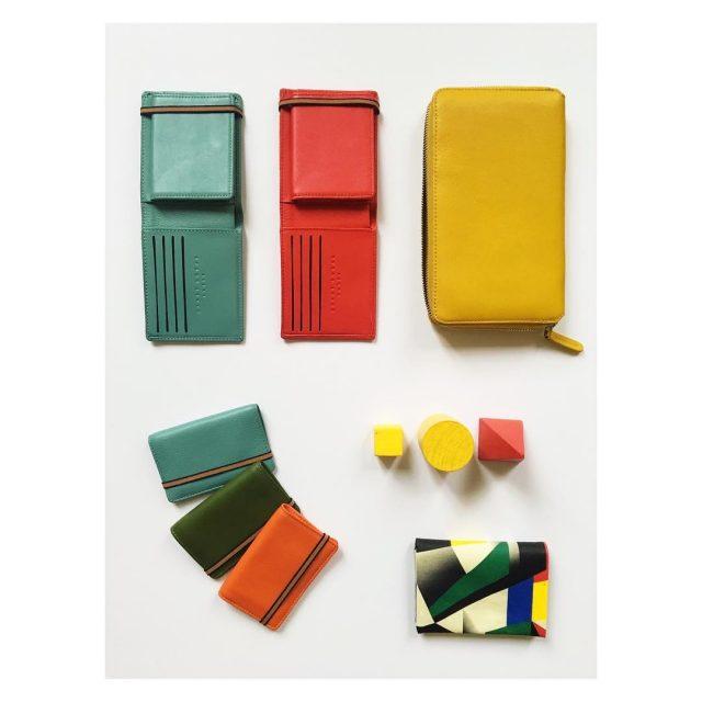carreroyal Collection de portefeuilles portes cartes portemonnaies aux coloris portefeuillehellip