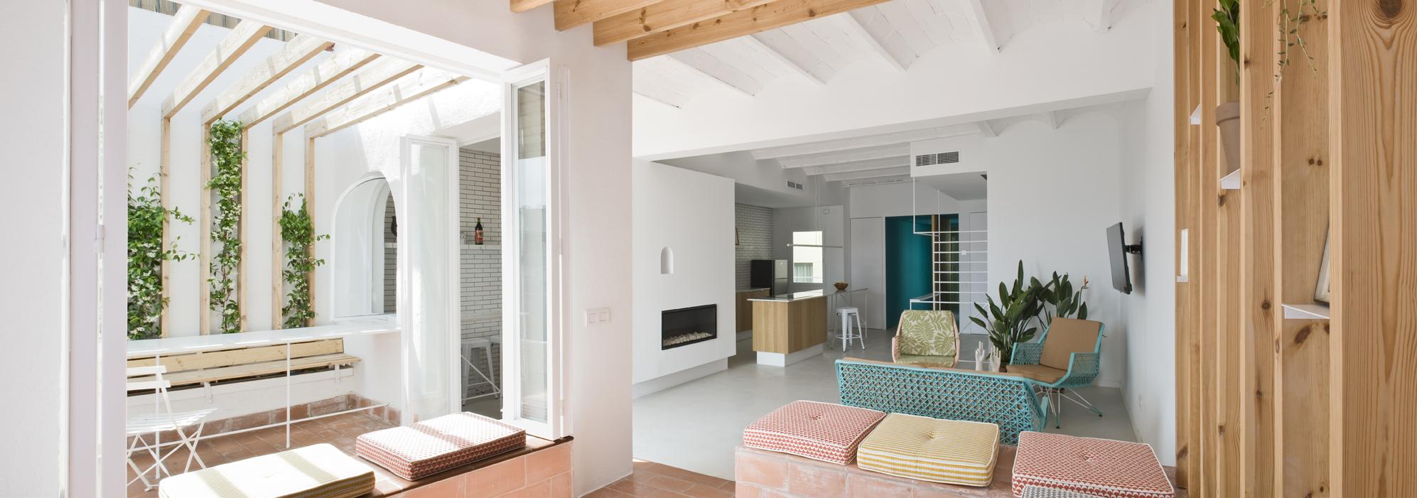 rénovation-appartement-design-béton-ciré-blanc