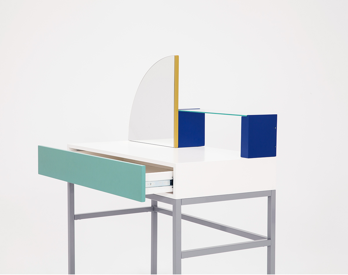 ZOE-MOWAT-DRESSING-TABLE-COLOGNE